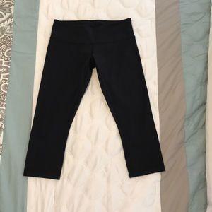 lululemon athletica Pants - Lululemon Capri Yoga Pants